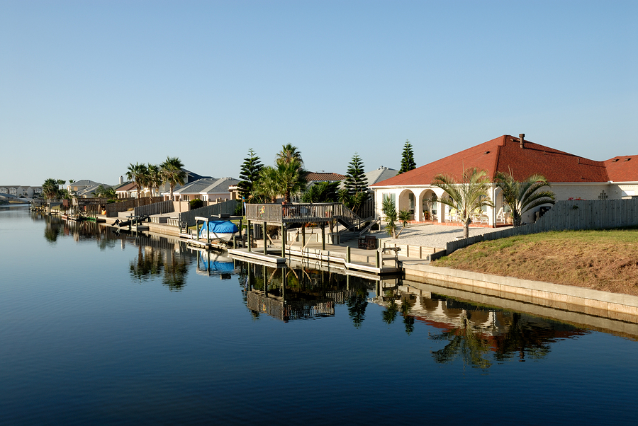 Uhr real estate custom homes rockport luxury development for Rockport texas real estate waterfront